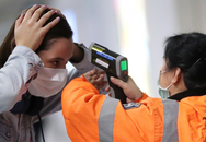 Hơn 71.200 ca mắc, 1.770 người tử vong, dịch COVID-19 tăng dần ở ngoài lục địa Trung Quốc