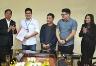 2 bác sĩ của Hà Nội tự nguyện lên Vĩnh Phúc hỗ trợ chống dịch COVID-19