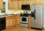 Đặt tủ lạnh ngay sát bếp nấu cho tiện, sai lầm gây họa nhiều người mắc