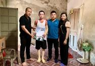 Trao 21,4 triệu đồng cho cháu bé ở Hà Tĩnh bị bỏng 71% mà không có tiền chữa trị