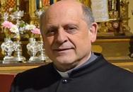 Linh mục qua đời vì nhường máy thở cho bệnh nhân