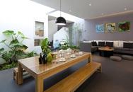 Nhà phố Sài Gòn sử dụng nội thất đơn giản đến mức tối đa để tiết kiệm chi phí nhưng vẫn đẹp mê ly