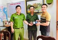 Quảng Trị: Công an phường Đông Lương bàn giao hơn 13 triệu đồng cho người bị mất