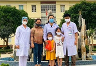 Hai bé gái ủng hộ 14 triệu đồng tiền tiết kiệm trong 5 năm để phòng chống dịch COVID-19
