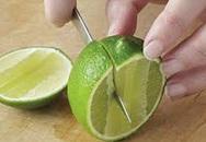 Thói quen cắt chanh nhiều người mắc khiến dao mới mua đã cùn chỉ sau vài lần sử dụng