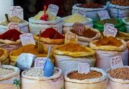 Thiên đường gia vị và các đồ thủ công mỹ nghệ tinh xảo tại khu chợ truyền thống mà bạn xác định mất nửa tiếng chỉ để mặc cả 1 món đồ