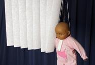 6 trẻ chết mỗi ngày chỉ vì những vật dụng tưởng chừng vô hại như tivi, rèm cửa...