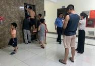 Người dân cậy cửa giải cứu cụ ông 83 tuổi bị mắc kẹt trong thang máy
