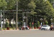 Loạt xe biển xanh ở Bình Phước vượt đèn đỏ, bị camera ghi lại