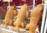 Bánh mì cá sấu siêu to khổng lồ chỉ có ở Việt Nam, dân mạng đặt mua ngày trăm chiếc vì độc, lạ