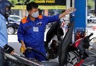 Giá xăng lại tăng mạnh kỳ thứ tư liên tiếp