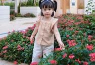 Con gái 2 tuổi trang điểm cho Đặng Thu Thảo