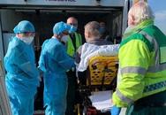 Bệnh nhân 91 phi công về Anh an toàn