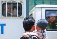 Hot girl Ngọc Miu lưu luyến vẫy chào con trai từ xe bít bùng