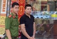Khởi tố kẻ cướp tiệm vàng, đâm người truy đuổi ở Hà Nội