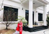 Khu vườn mang tên hạnh phúc của bà mẹ trẻ Hà Nội đã dành thời gian chăm chút vì muốn sống gần hơn với thiên nhiên