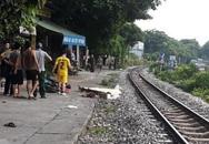 Hà Nội: Người đàn ông mặc áo Grab tử vong sau khi bị tàu hỏa đâm