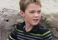 Chơi đào hố trên bãi biển, bé trai vô tình thấy chiếc balo và cuộc giải cứu đứa trẻ bị chôn vùi dưới cát hệt như điều kỳ diệu đời thật