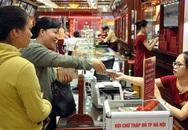 Giá vàng tăng lên 54 triệu đồng/lượng, nhiều người đổ đi bán