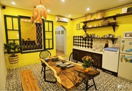 Căn hộ tập thể màu vàng sắc nắng mang vẻ hoài cổ ấn tượng ở quận Hoàn Kiếm, Hà Nội