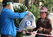 """24.000 """"bữa cơm"""" hỗ trợ người dân có hoàn cảnh khó khăn do tác động của dịch Covid-19 tại Đà Nẵng và Quảng Nam"""