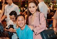 Hoài Linh xuất hiện bên con gái nuôi xinh đẹp, có tài sản trăm tỷ vẫn mặc áo bà ba, đi dép tông