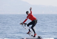 Vương phi Monaco đạp xe trên nước 180 km