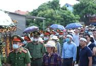 Đám tang đẫm nước mắt, hàng trăm người dân đến tiễn đưa chiến sĩ CSCĐ bị tài xế xe khách tông tử vong