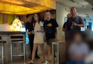 Cặp đôi Nga bị bắt gặp 'ân ái' trên bãi biển Thái