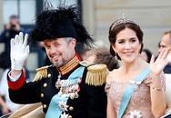 Cũng là 'Lọ Lem ngoại quốc' như Meghan, Công nương Đan Mạch chọn ở lại cung điện rồi viết nên cái kết đẹp như cổ tích thực sự