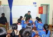 Lớp học xóa mù chữ của lính biên phòng