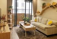 Căn hộ 76,9m² ấm áp với đủ loại hoa và nội thất gỗ ở Mỹ Đình, Hà Nội