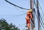 Thợ điện bị điện giật chết trên trụ