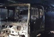 Cháy xe bồn chở 12.000 lít xăng