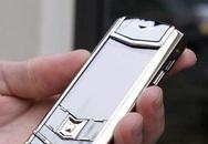 Trộm điện thoại Vertu trong chùa, chồng đưa vợ vào vòng lao lý