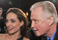 Tiết lộ quá khứ sốc không nhìn mặt cha của Angelina Jolie