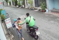 Tài xế GrabBike giật điện thoại của người phụ nữ đang ẵm con nhỏ ở TP.HCM gây phẫn nộ đã bị bắt