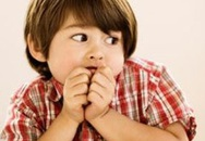 """Khi bố mẹ dùng biện pháp """"hù dọa"""" để dạy con"""