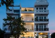 Cận cảnh ngôi nhà phố 90m² màu trắng mang một thiết kế hiện đại khác lạ ở quận 7, TP. HCM