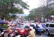 Tắc đường nghiêm trọng tại Trung tâm Tp Hạ Long