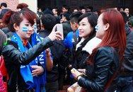 Duyên dáng, cá tính fan nữ Than Quảng Ninh, Hải Phòng