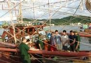Quảng Ninh: Tàu khai thác thủy hải sản tàng trữ thuốc nổ trái phép
