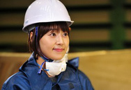 """Xem một cô gái lăn mình vào ngành đóng tàu xứ Hàn với """"Nữ hoàng tháng 5"""""""