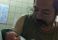 Đạo diễn Lê Hùng hạnh phúc vì có con ở tuổi 62