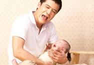 Vụng về như bố trẻ chăm con