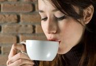 Uống cà phê buổi sáng: Lợi hay hại?