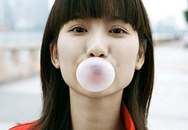 Tác hại khôn lường do nhai kẹo cao su