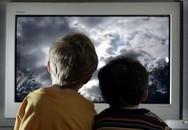 Bé 8 tuổi lên cơn co giật vì xem nhiều ti vi