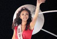 Hoa hậu Hoàn vũ diễu hành trên phố biển