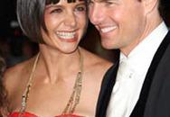 Tom Cruise và Katie Holmes làm lễ tân gia